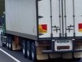 Slovenský kamión viezol falošný textil za vyše 350 tisíc