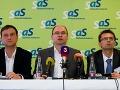 Fico svojimi vyjadreniami o financovaní cirkví zavádza, tvrdí SaS