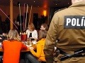 Polícia si posvietila na prázdninujúce deti: Výsledok prekvapil, mládež holduje alkoholu