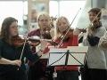 Slovenskí tínedžeri vytvorili jeden z najväčších orchestrov sveta: Nádhera na VIDEU