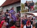 Na Lukáša Latináka, Mariána Miezgu, Roba Jakaba a Juraja Kemku čakalo na strednom Slovensku takmer 5000 ľudí.
