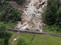 Hlavné železničné spojenie s Talianskom narušil zosuv skál
