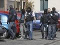 Rukojemnícka dráma v Toulouse: Psychicky chorý ozbrojenec prepustil už dve ženy!