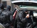 Bojovníci proti terorizmu sa vyznamenali: Pri razii zatkli hlavného pokladníka radikálov!