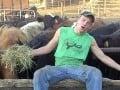 Farmári natočili paródiu na známy hit: Podarila sa, pozrite si!