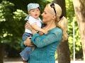 Aneta Parišková si materstvo užíva.
