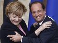 Hollande a Merkelová oslavovali výročie priateľstva Francúzska a Nemecka