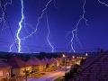 FOTOREPORTÁŽ Nielen nad Tatrou sa blýska: Vaše jedinečné zábery bleskov!
