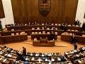 Parlament: Kauzy ako Pohorelá vs. SOZA sa už opakovať nebudú