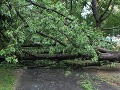 V Maďarsku vyčíňali búrky: Blesk zranil futbalistov, železnicu zaplavilo bahno!
