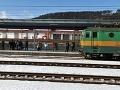 Námraza bráni vlakom v prejazde, cestujúci musia počítať s meškaním
