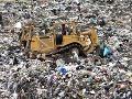 Obrovská skládka sa dala do pohybu: VIDEO Hora odpadkov pochovala 46 ľudí, ďalší sú nezvestní