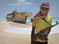 Piráti útočia každým rokom častejšie: Uniesli viac než desiatku Rusov a Ukrajincov z lode