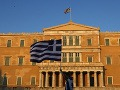 Muž (64) chcel v Aténach odpáliť kanistre s benzínom: Jeho cieľom bola budova gréckeho parlamentu