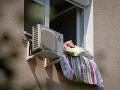 Hypotéka až po tridsiatke: Na Slovensku býva s rodičmi viac ako polovica mladých