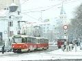 Sneh na bratislavských cestách vás potrápi aj dnes: Primátor odporúča MHD