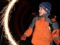 Nebezpečné zábavky nie sú pre deti: Chlapcovi (10) vybuchla v rukách petarda