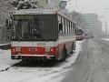 Vlaky už jazdia bez meškania, bratislavskú MHD kompletne obnovili