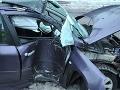 Ťažká dopravná nehoda pri Šamoríne: Vodička narazila do betónového stĺpu!