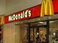 Američan podáva smiešnu žalobu na McDonald': Dostal iba jednu servítku!