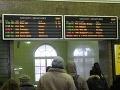 Komplikovaná situácia na bratislavskej železnici: Výhybky zanášajú, vietor silnie!