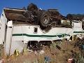 Tragédia v Egypte: Pri zrážke dvoch vozidiel zahynulo 14 ľudí