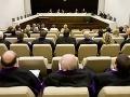 VIA IURIS: Súdnictvu nedôveruje až 69 percent ľudí