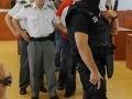 Súd oslobodil prokurátora z korupcie, policajt s 5-ročným trestom