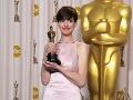 Anne Hathaway dostala Oscara za výkon vo filme Bedári.
