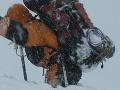 Horolezecká dráma: Poliaci sa pri zostupe z osemtisícovky stratili!