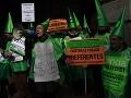 Tisíce Španielov protestovalo proti zlej situácii v krajine