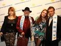 Bývalá superstaristka Natália Hatalová prišla na párty spoločne so svojou maminou Natáliou.