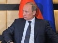 Putin obnovil sovietsky titul Hrdina práce