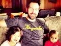Katherine Heigl s manželom vychováva dve roztomilé adoptívne dcéry.