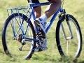 Cyklista skončil v priekope: Na cestu sa vydal opitý a bez priby!