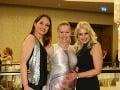 Herečky z jojkárskeho Paneláku si vyrazili do spoločnosti. Zľava Andrea Karnasová, Zuzana Haasová a Zuzana Vačková.