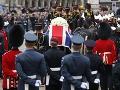 Thatcherovej pohrebný sprievod: Sympatizanti aj odporcovia