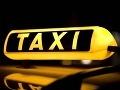 Čech si zavolal taxík: Prišli dvaja, jeden opitý, druhý na kokaíne!