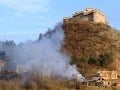 Pod Krásnou Hôrkou opäť horelo: Oheň sa mohol rozšíriť až k hradu!