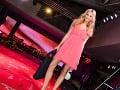 Aj moderátorka Fashion TV Mária Zelinová sa prešla po móle.