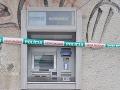 Traja obžalovaní v kauze bankomatovej mafie zostávajú vo väzbe