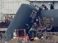 Havária vlaku s chemikáliami má vážne následky, evakuovali ďalších ľudí