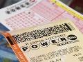 Muž rozvod trpko oľutoval: Exmanželka počas neho vyhrala lotériu a nemusí sa deliť