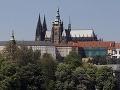 S členstvom v EÚ je po desiatich rokoch spokojných 28 percent Čechov