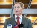 Hrušovský sa ešte nerozhodol, či bude kandidovať, nechce sa unáhliť