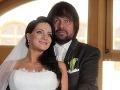 Jiřímu Pomejemu vraj stroskotalo ďalšie manželstvo. Tentoraz mu to nevyšlo s 29-ročnou dídžejkou Andreou, s ktorou má dcéru Aničku.