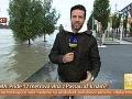 Roman Juraško robil vstupy do Telerána zo zaplaveného nábrežia.