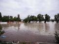 Pre povodne sú vypnuté aj trafostanice, v Bratislave je bez elektriny 275 odberateľov