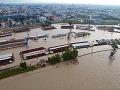 Vlaky z Českej republiky a Maďarska meškajú aj niekoľko hodín