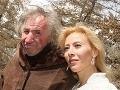 Ostro sledovaný príbeh lásky: Ako bezzubý boháč (†68) vypiekol so zlatokopkou!